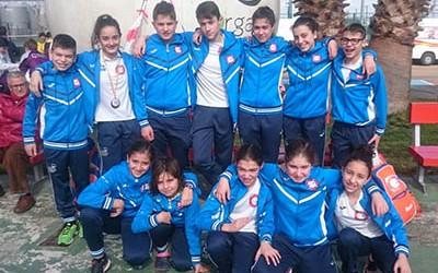 Saray-Miguélez(segunda-por-la-izquierda)con_sus _compañeros _de _club