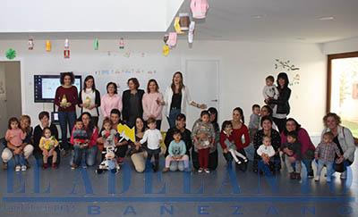Asistentes_a_los_talleres_de_música_en_la_Guardería-Municipal(Joaquín)