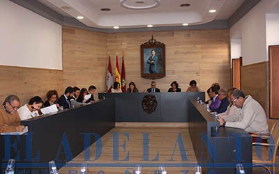 Pleno_en_el_Salon_remodelado(Joaquín)