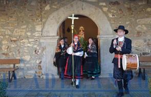Águedas_en_procesión_en_Santiago-de-la-Valduerna(TAB)