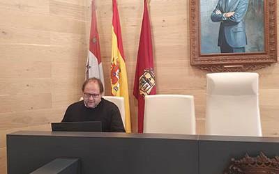 El_alcalde_en_la_reunión_telemática