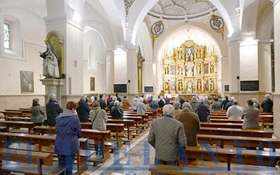 Misa_de_11-30_horas_en_la_iglesia_de_Santa-María(TAB)