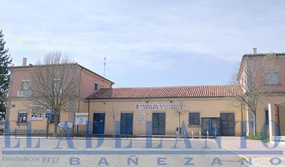 Andén_de_Asociaciones_Deporte_y_Juventud_en_La-Bañeza(TAB)